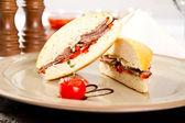 Sanduíche de carne — Foto Stock