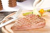 Tuna steak — Foto de Stock