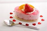新鮮な果物のチーズケーキ — ストック写真