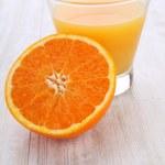 Sweet orange with juice — Stock Photo