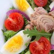 Vegetable salad with tuna — Stock Photo #26376437
