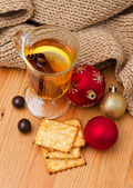 Christmas decoration and hot drink — Stock Photo