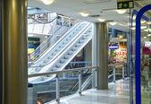 El gran centro comercial para compra familiar — Foto de Stock