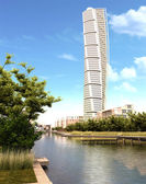 Turning Torso skyscraper view in daylight. — Стоковое фото