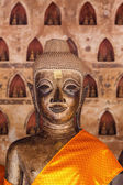Head buddha of style at wat siseket temple — Stock Photo