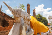 Blue sky buddha wat yai chai mong kon ayutthaya — Stock Photo