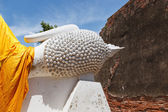 Big head buddha wat yai chai mong kon ayutthaya — Stock Photo