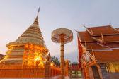 Light morning pagoda wat phrathat doi suthep at chiang mai thail — Stock Photo