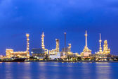 Oil and gas pipeline and petrochemical industry  — Stockfoto