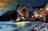 Falling night over Riomaggiore Village, Cinque Terre, Italy — Stock Photo