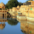 Gadisagar lake, Jaisalmer, India — Stock Photo #25840693