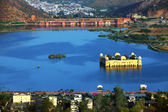 Water Palace (Jal Mahal) in Man Sagar Lake. Jaipur, Rajasthan, India. 18th Century. The palace Dzhal-Mahal — Stock Photo