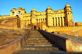 Sunrise light over Amber Fort in Jaipur, Rajasthan, India — Stock Photo