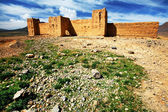 Moroccan Kasbah in Middle Atlas Mountains, Morocco, Africa — Stock Photo