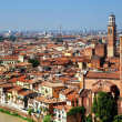 Sant Anastasia Church and Torre dei Lamberti (Lamberti Tower), Verona, Italy, Europe — Stock Photo