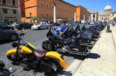 Moto estacionamento em Roma — Fotografia Stock