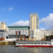 Touristic ship on Thames — Stockfoto #35497825
