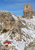 Locatelli Refuge in the Dolomites — Stock Photo