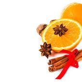 Anise star, Cinnamon stick and fresh orange — Stock Photo