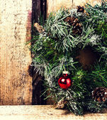 Bright christmas composition with Christmas wreath — Stock fotografie