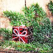 Röd presentförpackning — Stockfoto