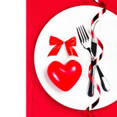 Valentines Day table setting place with copyspace — Stock Photo
