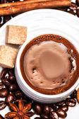 Biscotti e tazza di caffè — Foto Stock