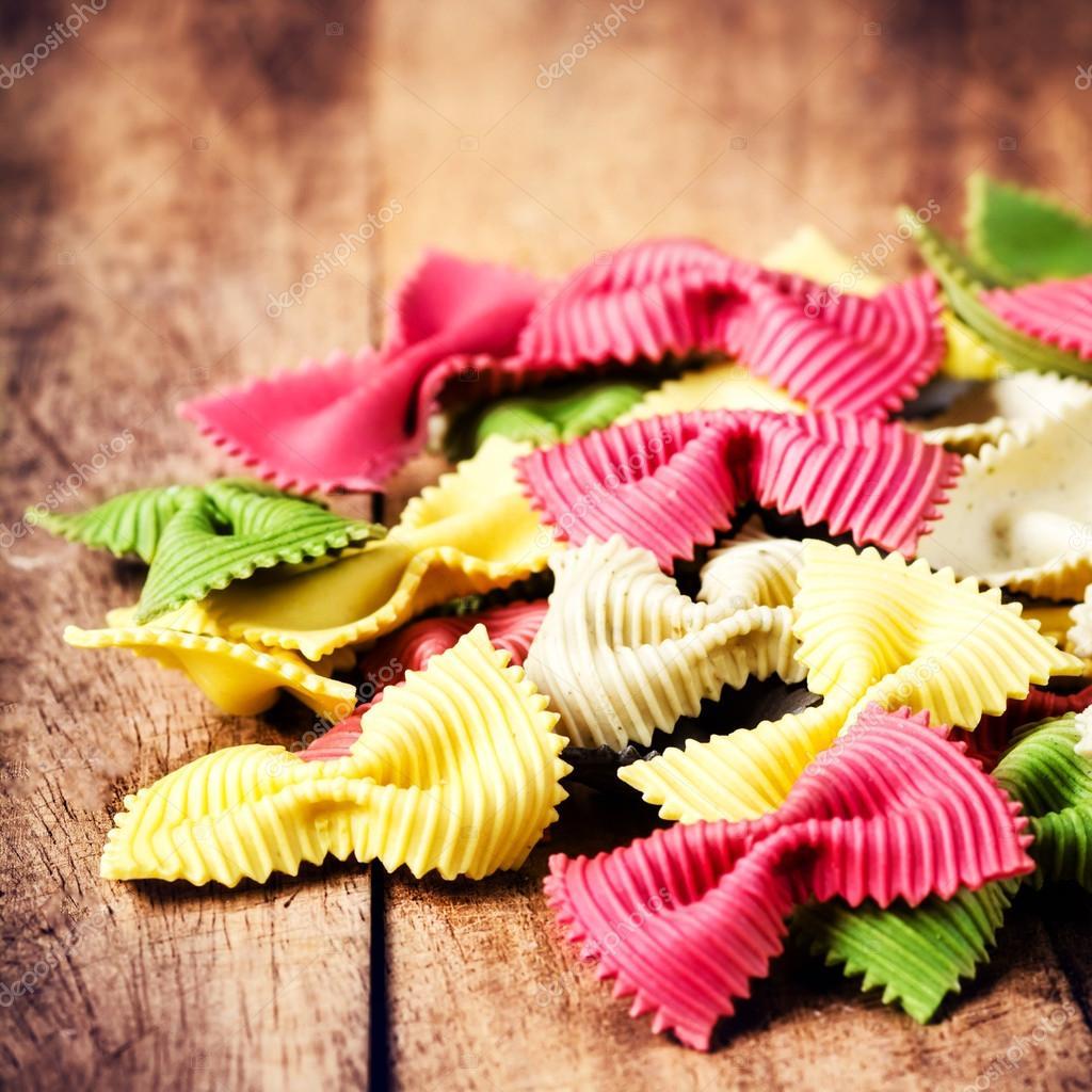 italienische küche - frische italienische pasta — stockfoto