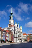 Houses and Town Hall in Old Market Square, Poznan, Poland — Stock Photo