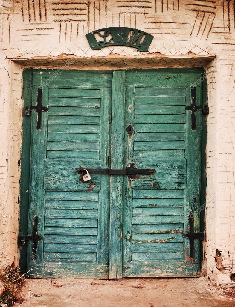 Puerta vintage fotos de stock linux1987 39125303 for Puertas vintage