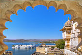 Rajasthan, India, Udaipur fortress view to Lake — Stock Photo
