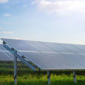 Solar power station in a field — Stock Photo