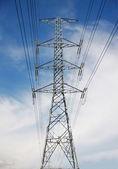 高电压杆 — 图库照片