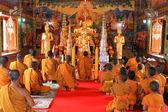 Buddha image and monks — Stock Photo