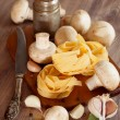 Ingredients for pastwith mushrooms — Foto de stock #37016875