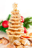 Gingerbread christmas tree.Gingerbread cookies stacked as christ — Stock Photo