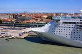 Cruise ship in port of Venice — Stock Photo