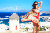 Beautiful woman in Mykonos — Stockfoto