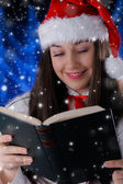 Christmas Girl Reading — 图库照片