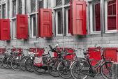 Architecture and bikes — Stock Photo