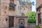 Alquezar スペインの城の通り — ストック写真