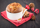 Delicious apple muffins with cinnamon — Stock Photo