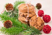 Still life with christmas cookies ,fir and pine cone — Stock Photo