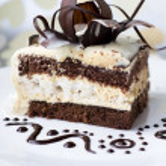 Cake with chocolate rose — Stock Photo