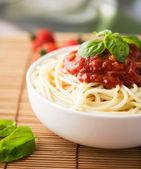 Spaghetti con sugo di pomodoro — Foto Stock