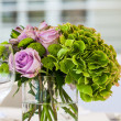Roses and hydrangeas — Stock Photo