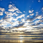 Sunrise at the beach. — Stock Photo #26934831
