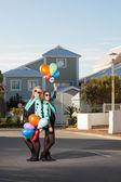 Jugando con globos — Foto de Stock
