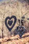 Hängande hjärtan — Stockfoto