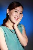 Beautiful young asian woman — Stock Photo